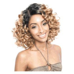 ISIS Brazilian Ombre Bundle Hair Paris Wave Weave